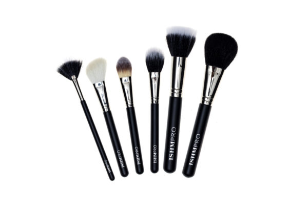 Large sets brushes Fanned