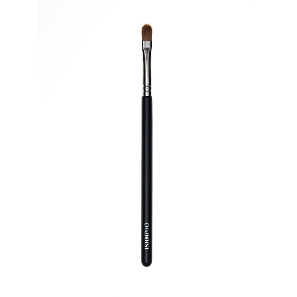 The Pro Defining Concealer Brush